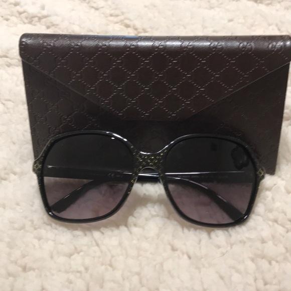 05c6b0ca342 Gucci Accessories - Gucci black and gold glitter oversized sunglasses